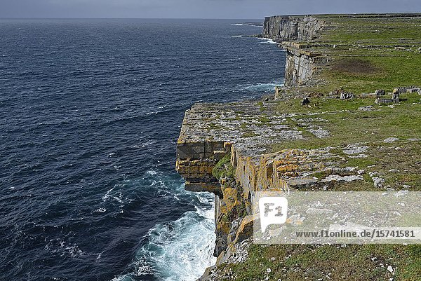 Cliffs viewed from Dun Aengus,  prehistoric hill fort,  Inishmore,  the largest of the Aran Islands,  Galway Bay,  West Coast,  Republic of Ireland,  North-western Europe.