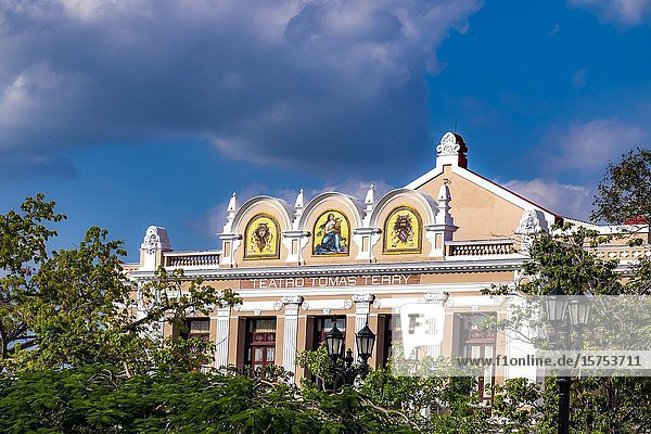 Old Tomas Terry Theatre at the Jose Marti Square  Cienfuegos  Republic of Cuba  Caribbean  Central America.