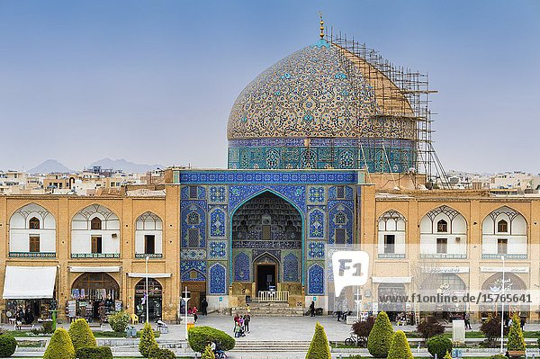 Entrance and dome,  Sheikh Lotfallah Mosque,  Maydam-e Iman square,  Esfahan,  Iran.