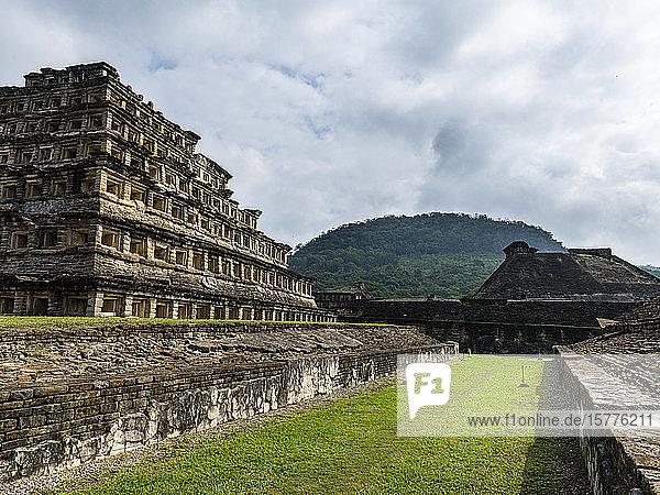 Pyramid of the Niches  Pre-Columbian archaeological site of El Tajin  UNESCO World Heritage Site  Veracruz  Mexico  North America