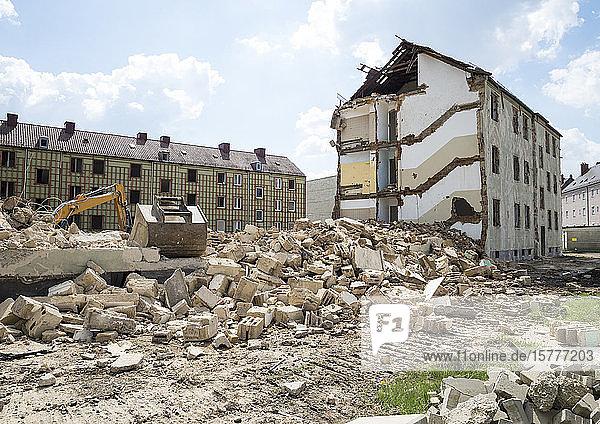 Abriss eines Wohnblocks