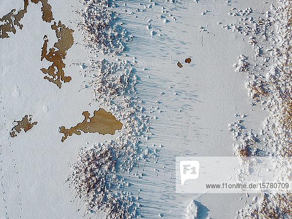 Russland  Gebiet Leningrad  Tichvin  Luftaufnahme des Eises am Fluss Tichvinka im Winter