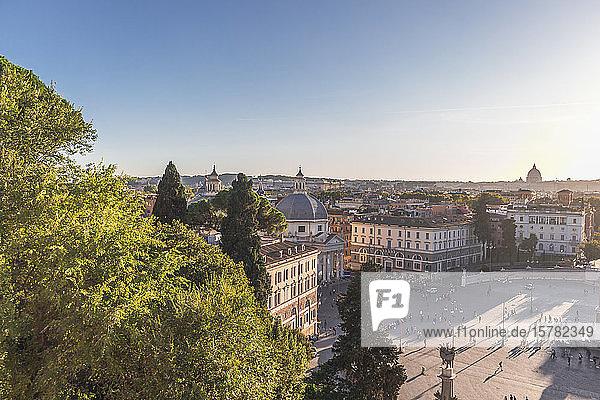 Italien  Rom  Klarer Himmel über der Piazza del Popolo