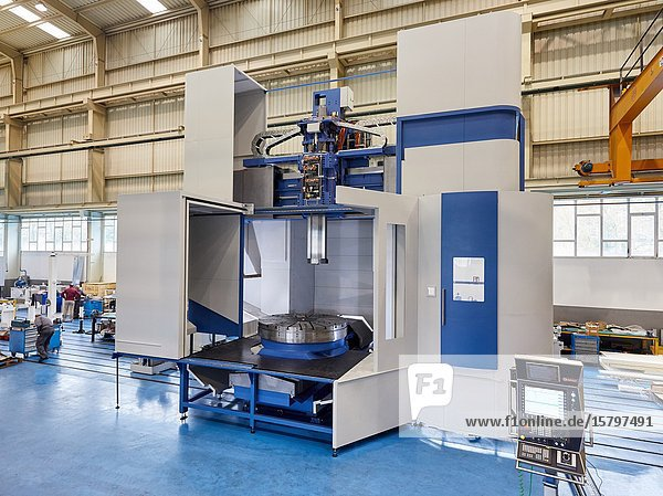 Machining Centre  CNC  Vertical turning and Milling lathe. Design  manufacture and installation of machine tools  Metal industry  Mechanical workshop