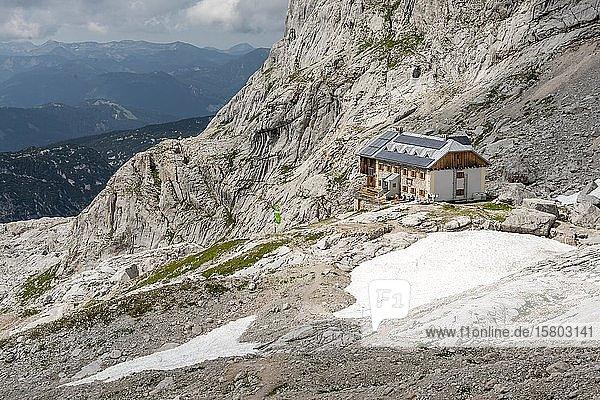Adamekhütte  Alpine Alpenverein Berghütte  Hoher Dachstein  Salzkammergut  Oberösterreich  Österreich  Europa