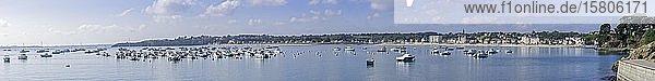 Bucht und Hafen  Saint-Cast-le-Guildo  Département Côtes-d?Armor  Frankreich  Europa