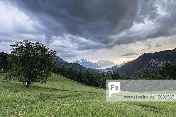 Gewitter und Regen in Berchtesgaden  Bayern  Deutschalnd