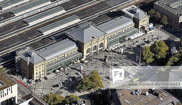 Hauptbahnhof  Empfangsgebäude  Ernst-August-Platz  Hannover  Niedersachsen  Deutschland  Europa