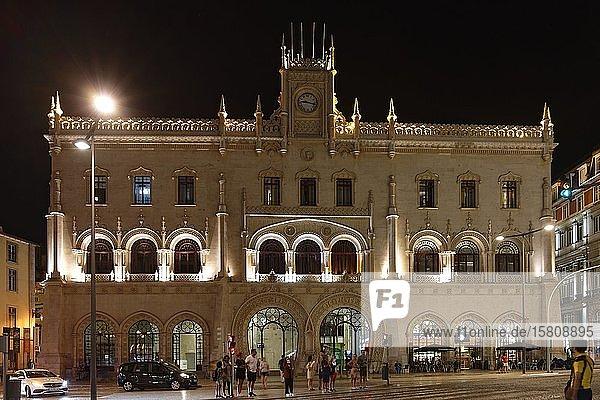 Bahnhof Rossio,  Nachtaufnahme,  Mártires,  Lissabon,  Portugal,  Europa