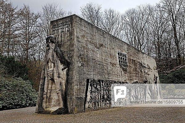 Mahnmal Bittermark  Gedenkstätte  Künstler Karel Niestrath und Architekt Will Schwarz  Dortmund  Ruhrgebiet  Nordrhein-Westfalen  Deutschland  Europa