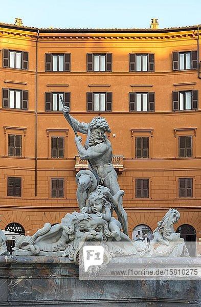 Neptunbrunnen  Piazza Navona  Rom  Italien  Europa