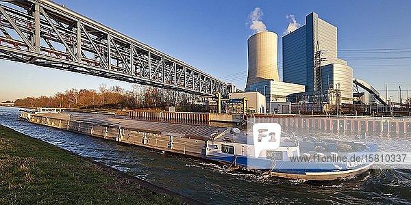 Steinkohlekraftwerk Datteln mit Block 4 am Datteln-Hamm-Kanal  Kohleausstieg  Datteln  Ruhrgebiet  Nordrhein-Westfalen  Deutschland  Europa