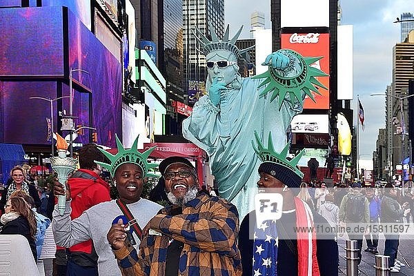 Statue of Liberty as photo object for tourists at Times Square  Manhattan  New York City  New York State  USA  North America