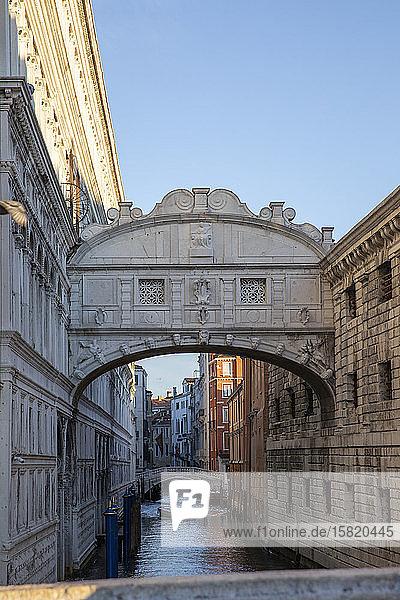 Italien  Venedig  Seufzerbrücke