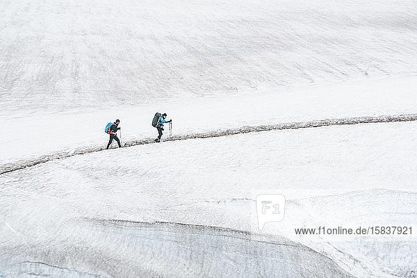 Gletscherüberquerung in Hrafntinnusker