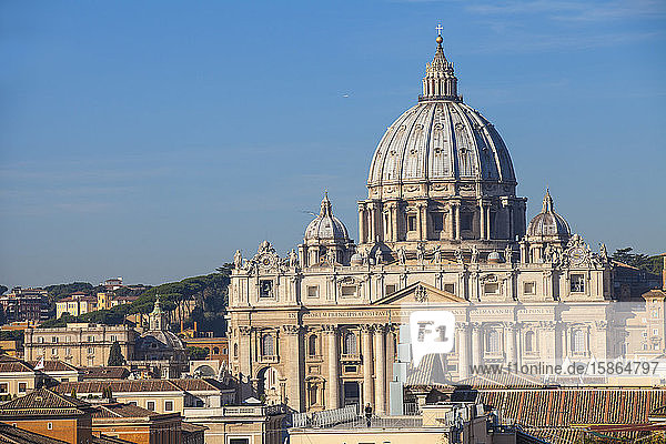 View of St. Peter's Basilica  Vatican  UNESCO World Heritage Site  Rome  Lazio  Italy  Europe