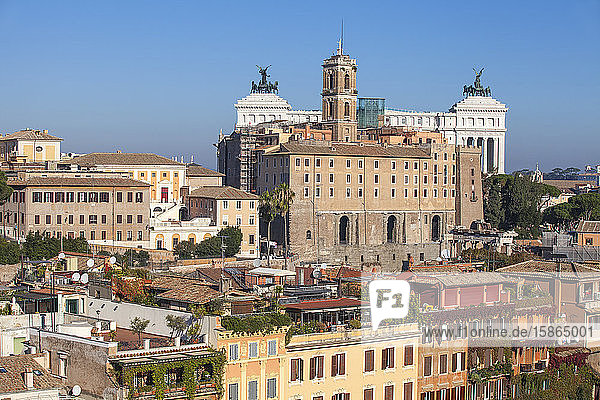 View of Rome looking towards Vittorio Emanuele II Monument  Rome  Lazio  Italy  Europe