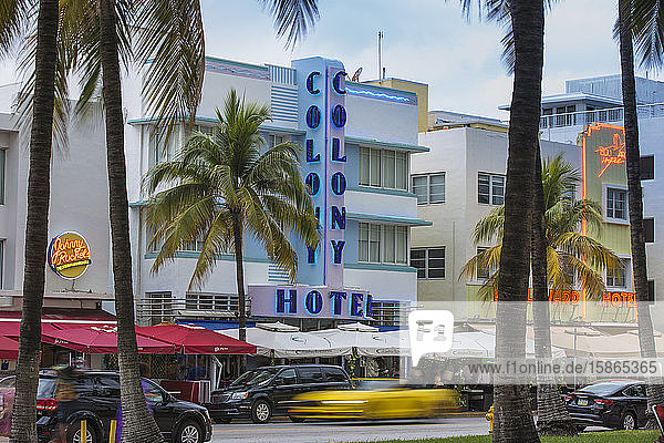 Art Deco hotels on Ocean Drive  South Beach  Maimi Beach  Florida  United States of America  North America