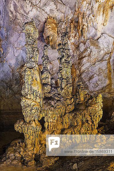Paradise Cave  Phong Nha-Ke Bang National Park; Phong Nha  Quang Binh Province  Vietnam