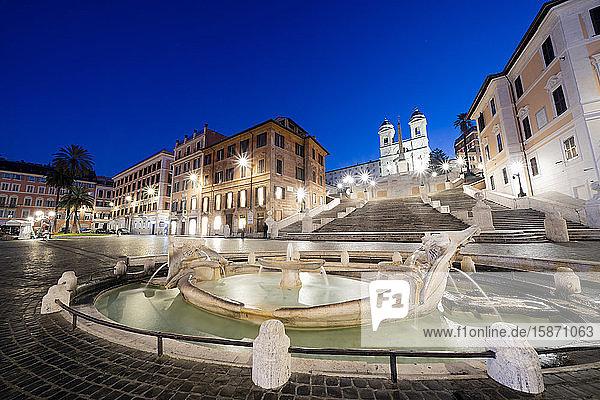 Piazza di Spagna (Spanish Steps) with Barcaccia fountain in foreground and Trinita†dei Monti in background  Rome  Lazio  Italy  Europe