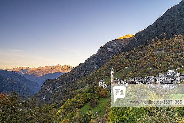 Alpine village of Soglio during autumn  Val Bregaglia  Canton of Graubunden  Switzerland  Europe