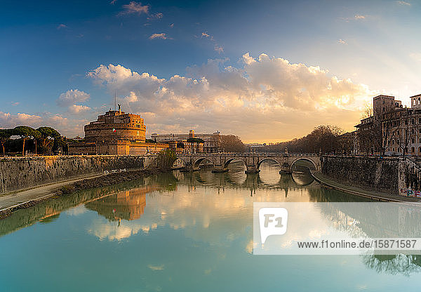 Panoramic of Castel Sant'Angelo  UNESCO World Heritage Site  and River Tiber at sunrise  Rome  Lazio  Italy  Europe