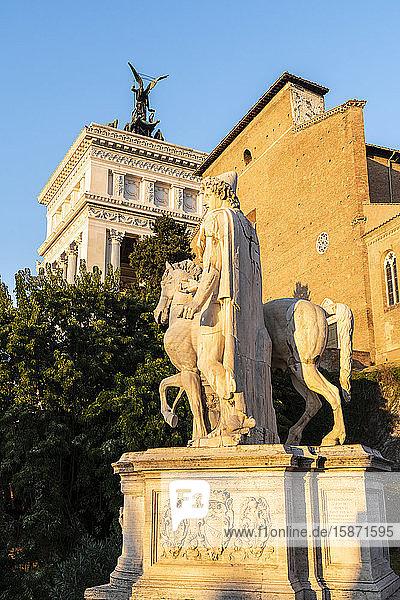 Equestrian statue at Campidoglio (Capitoline Hill) and Vittoriano or Altare della Patria  Rome  Lazio  Italy  Europe