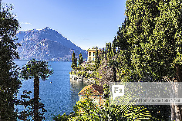 Villa Cipressi from the lakeshore of Varenna  Lake Como  Lombardy  Italian Lakes  Italy  Europe