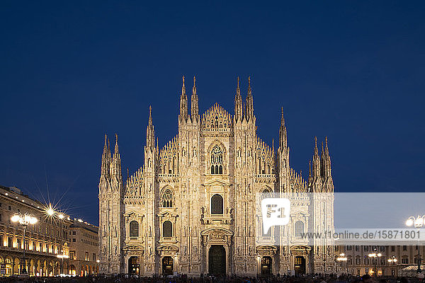 Gothic spires on the facade of the Milan Cathedral in the Piazza del Duomo at dusk  Milan  Lombardy  Italy  Europe