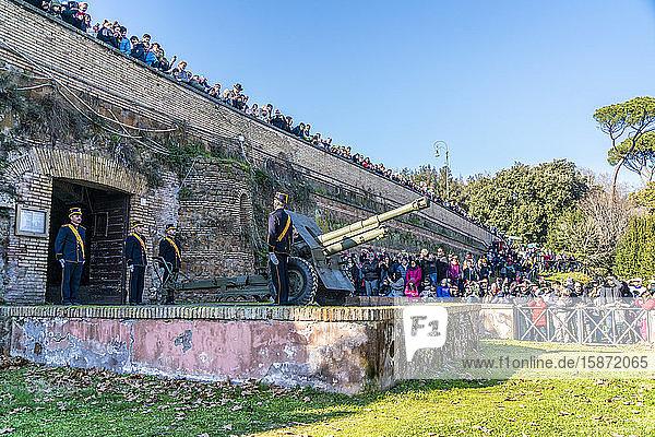 Cannon at Gianicolo Hill  Rome  Lazio  Italy  Europe