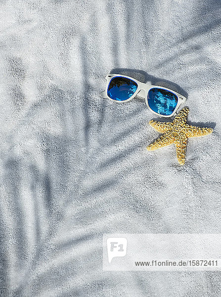 Sunglasses and starfish Sunglasses and starfish