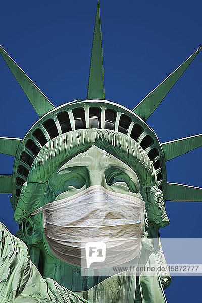 Statue of Liberty wearing protective mask Statue of Liberty wearing protective mask