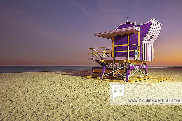 USA  Florida  Miami  Lifeguard hut on beach at dusk USA, Florida, Miami, Lifeguard hut on beach at dusk