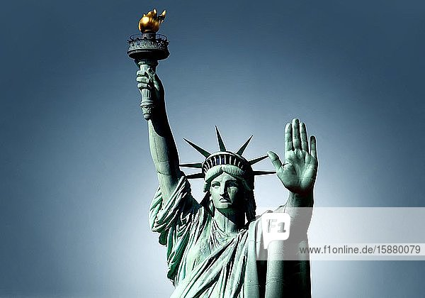 Illustration  American protectionism  statue of liberty making the 'stop' gesture