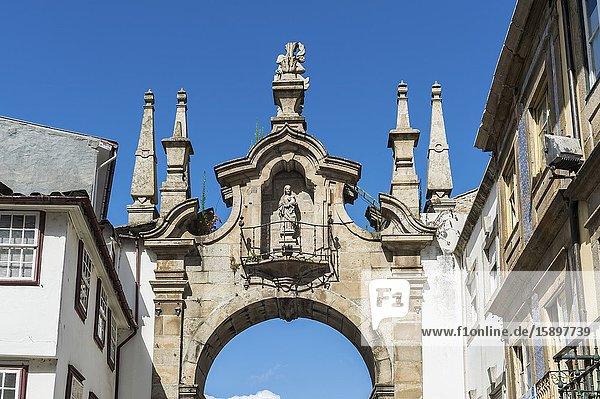 Porta Nova Arch  Braga  Minho  Portugal.