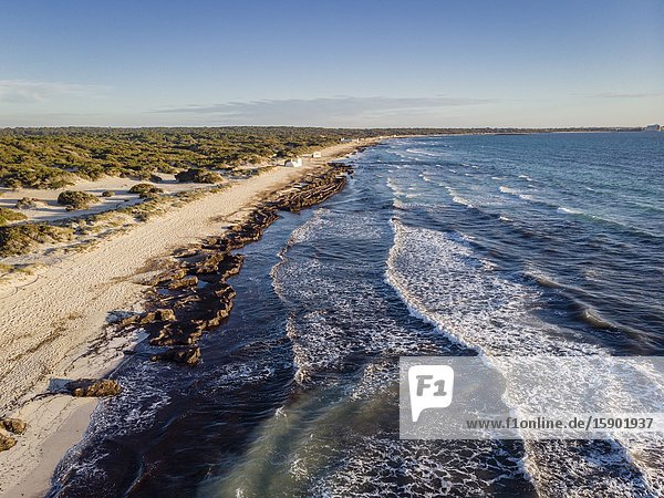 FKK Strand - insgesamt 354 Bilder, Seite 2 bei Bildagentur