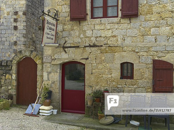 Bistrot du Chateau in interior of medieval fortified village of Larressingle  Gers Department  Nouvelle Aquitaine  France.