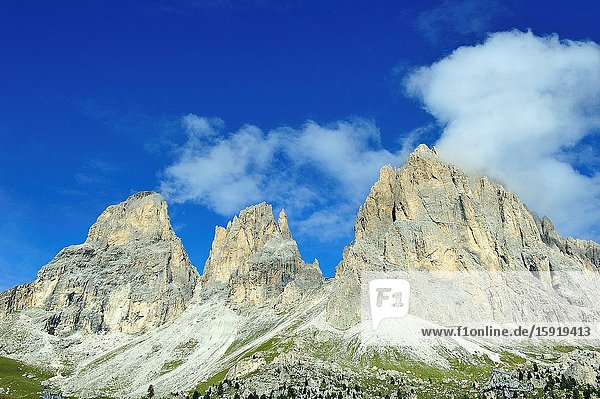 The Sassolungo (3 181m) is the highest mountain of Langkofel Group in South Tyrol in the Dolomites. They are a mountain range declared a UNESCO World Heritage Site. Trentino province  Italy