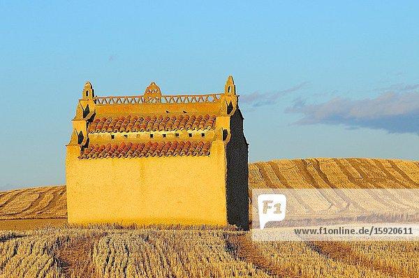 Dovecote. Otero de Sariegos. Lagunas de Villaf?fila Natural Reserve. Zamora province. Tierra de Campos. Castilla y Le?n. Spain