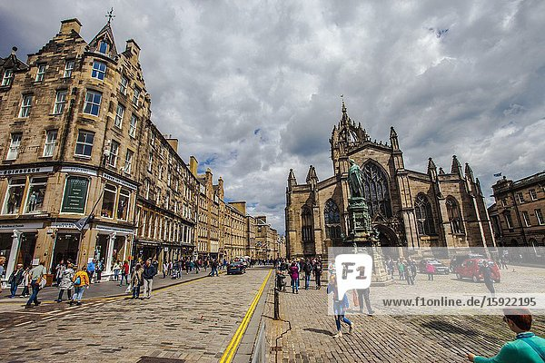 St Giles Cathedral  High street  Royal Mile  Old Town  Edinburgh  Scotland  United Kingdom  Europe.