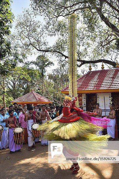 India  Kerala  Kannur region  Dance of Theyyam Vishnumurti.