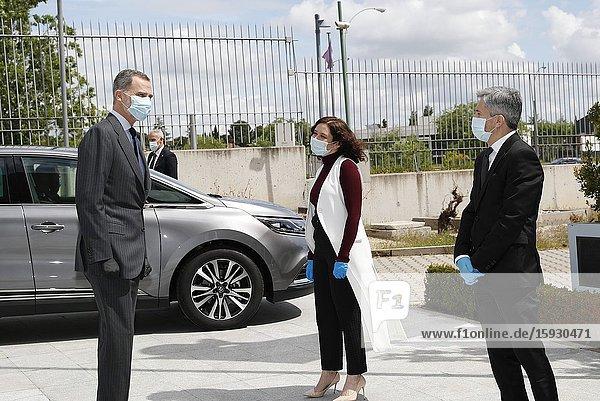 King Felipe VI of Spain  Queen Letizia of Spain visit 112 facilities on April 27  2020 in Madrid  Spain