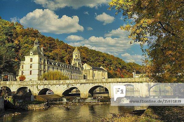 The Angled Bridge  Pont Coude  and Benedictine Abbey of Brantome  Brantome  Dordogne Department  Aquitaine  Franc.