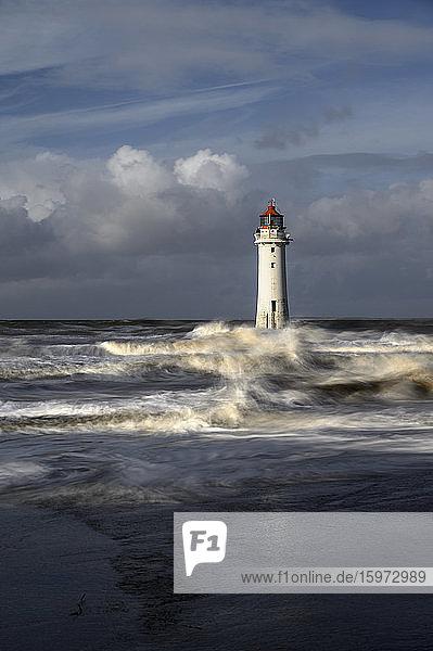 Leuchtturm New Brighton bei stürmischem Wetter  The Wirral  Cheshire  England  Vereinigtes Königreich  Europa