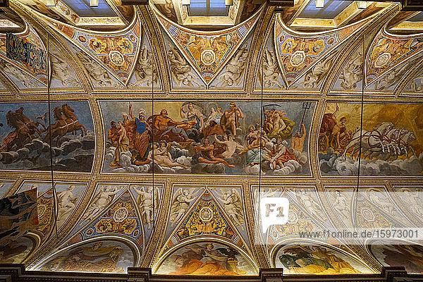 Decke der Spiegelgalerie  Palazzo Ducale di Mantova  Mantua  Lombardei  Italien  Europa