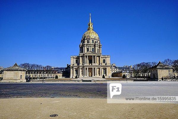 France  Paris  cath?drale Saint-Louis-des-Invalides during the containment of Covid 19.