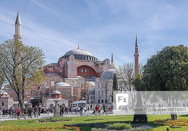 Hagia Sophia Church  Aya Sofya Camii  Sultan Ahmed Park  Sultanahmet  Istanbul  Turkey  Asia