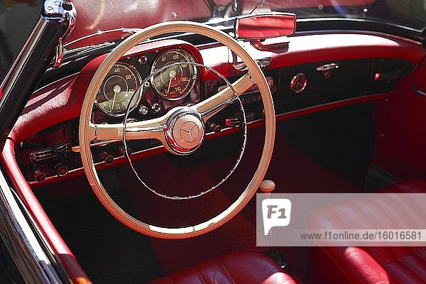 Dashboard and steering wheel of a Mercedes Benz  classic car  Germany  Europe