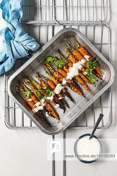 Gegrillte Tandoori-Karotten