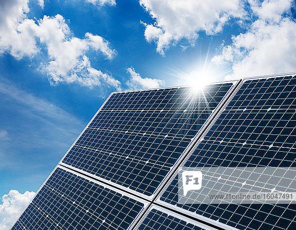 Sonnenreflexion im Sonnenkollektor